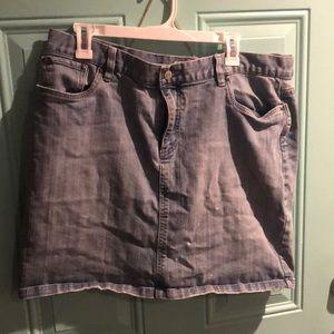 Old Navy blue jean skirt sz 16 (stretch)